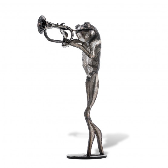 Frog Trumpeter